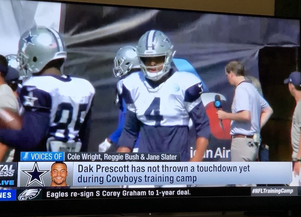 To The People Making Fun Of Dak Prescott For Throwing Zero Touchdowns And Being Jerry Jones Lap Dog Please Stop