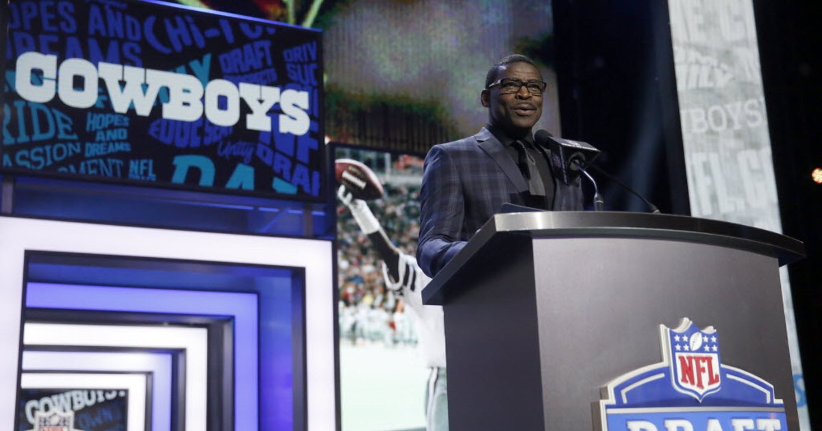 With the First Pick of the 2019 NFL Draft, The Dallas Cowboys Select…