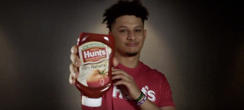 America Turns On Patrick Mahomes For Partnering With Hunt's Ketchup Because Hunt's Is For Peons