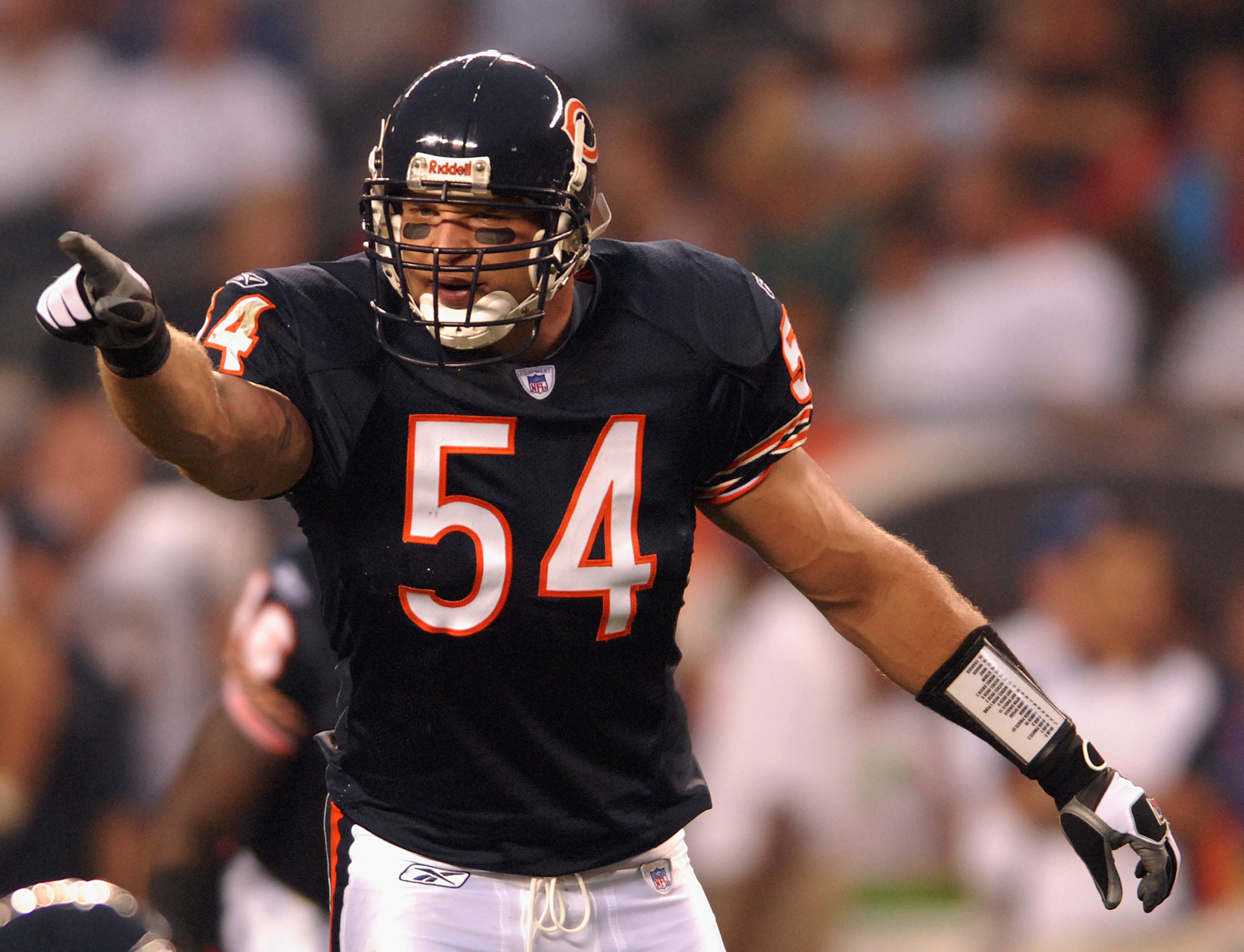 O Captain! My Captain! Brian Urlacher Should Suit Up for the Pro Bowl