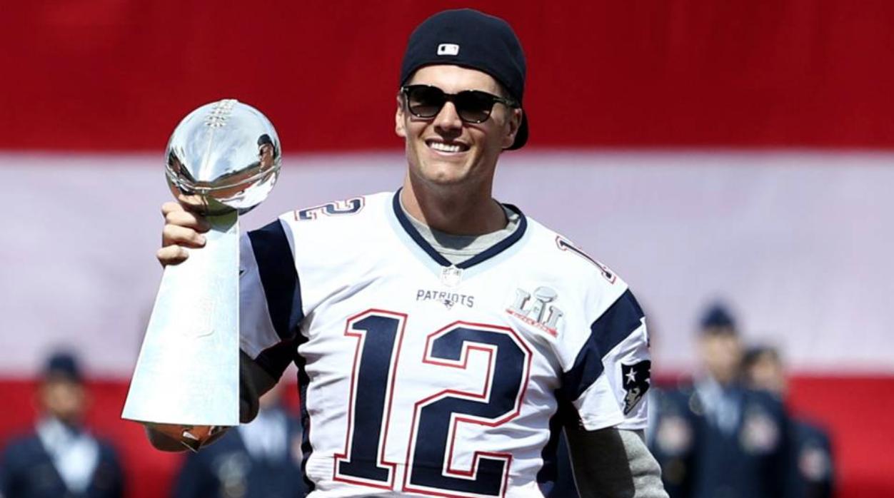 "Football Friday: Tom ""The Giver"" Brady"