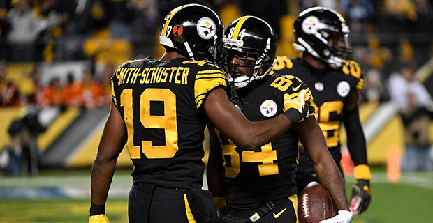 "Antonio Brown Emotionally Trashed JuJu Smith On Twitter After Saying ""Leave Your Emotions Off Twitter"", JuJu Responds"