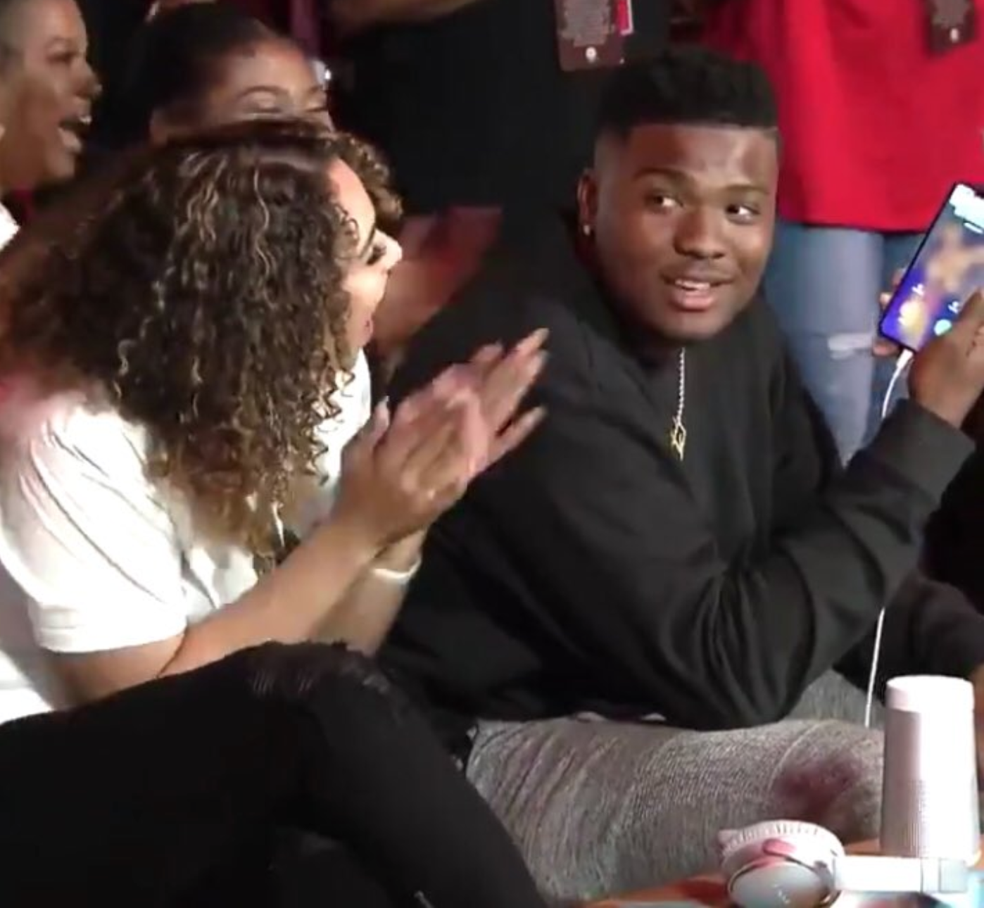 Dwayne Haskins Has A Nude Of His Girlfriend As His Phone Background