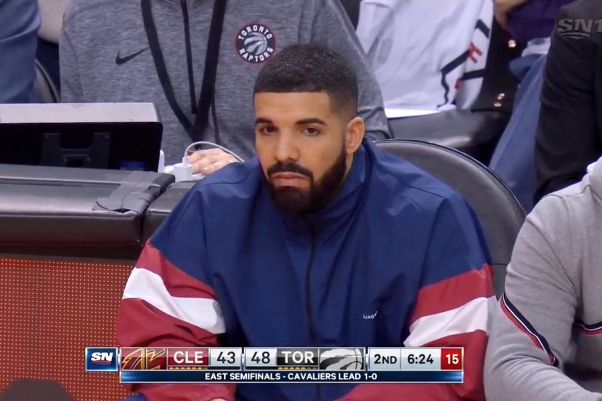 Sixers' Twitter Account Is Trolling Drake Hard Today