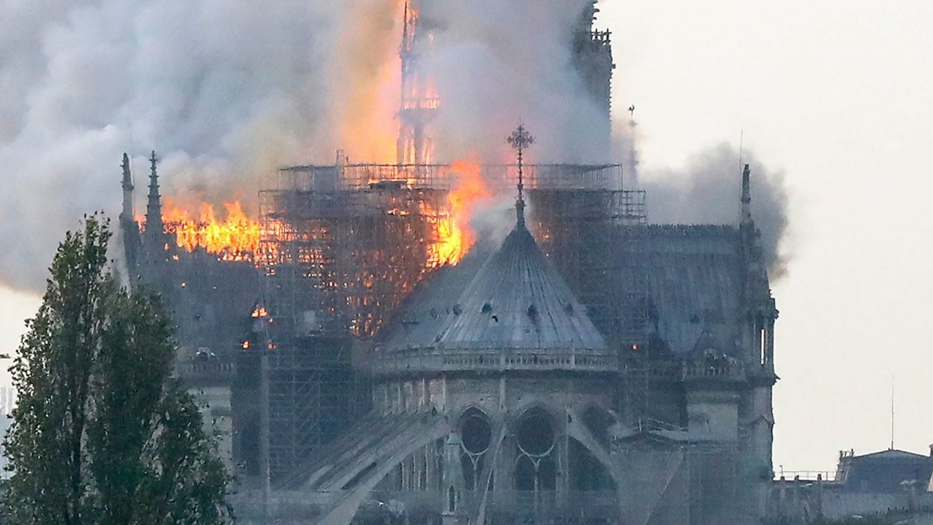 Massive Fire Break Out In The Notre Dame Cathedral