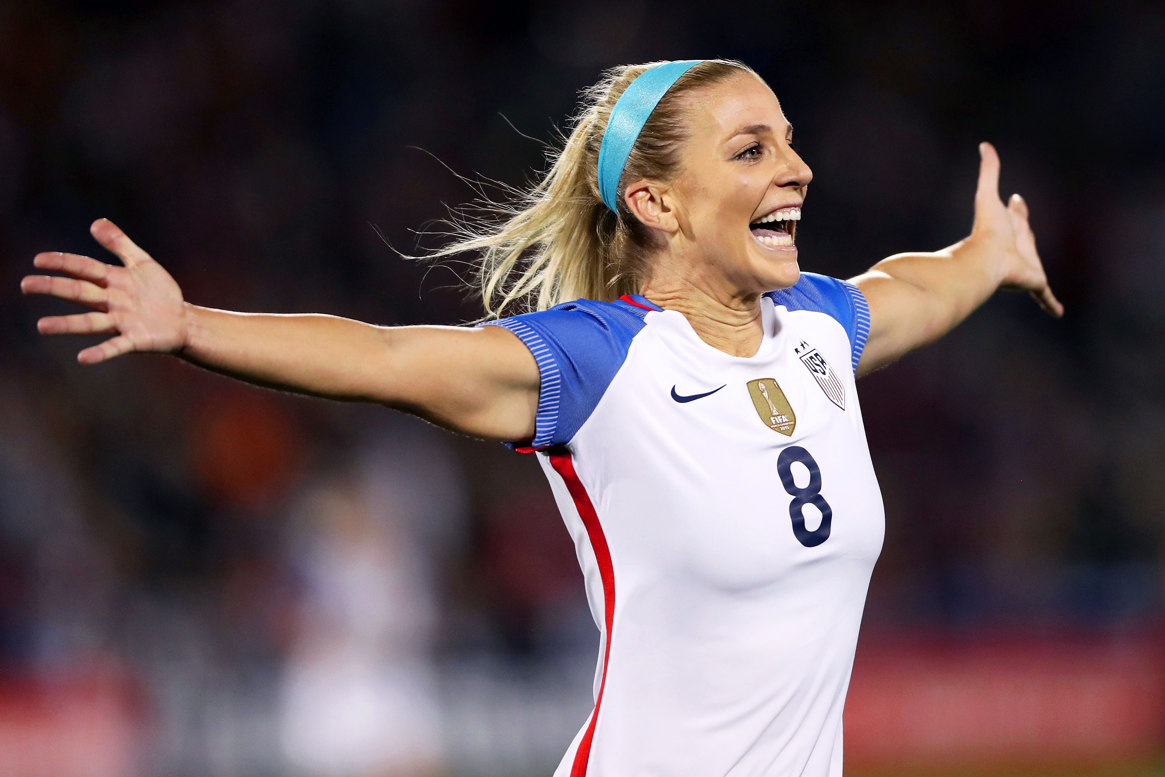 Wow Did You Guys All Know Soccer Star Julie Ertz, Currently Playing For The USWNT, Is Married To A Football Player?