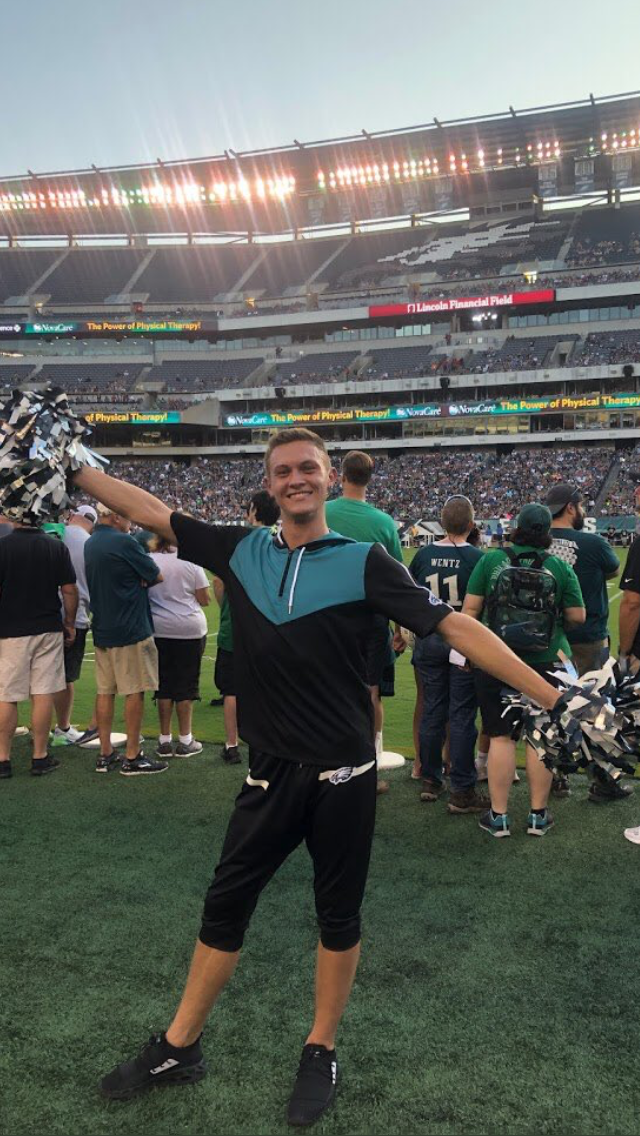 Jealous AF- Eagles Have New Male Cheerleader
