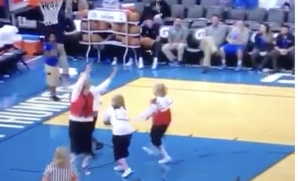 The Golden Girls Played 5 on 5 At Halftime Of The Thunder Game