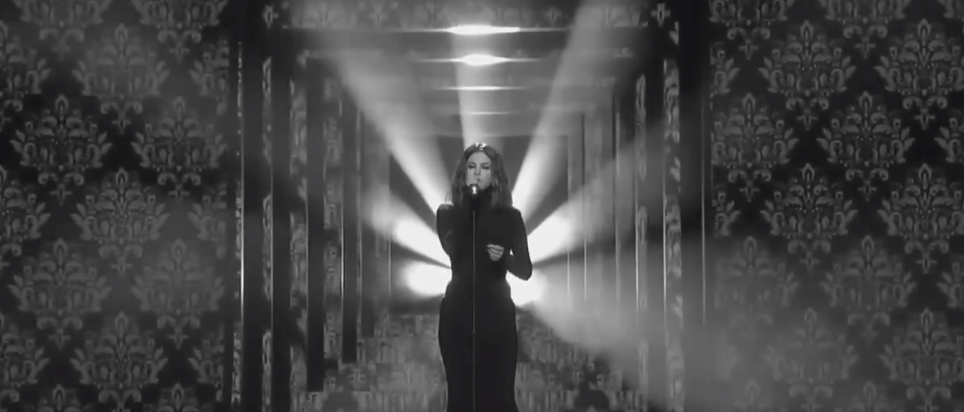 Selena Gomez Delivered The Drunk Performance Of A Lifetime At The AMAs