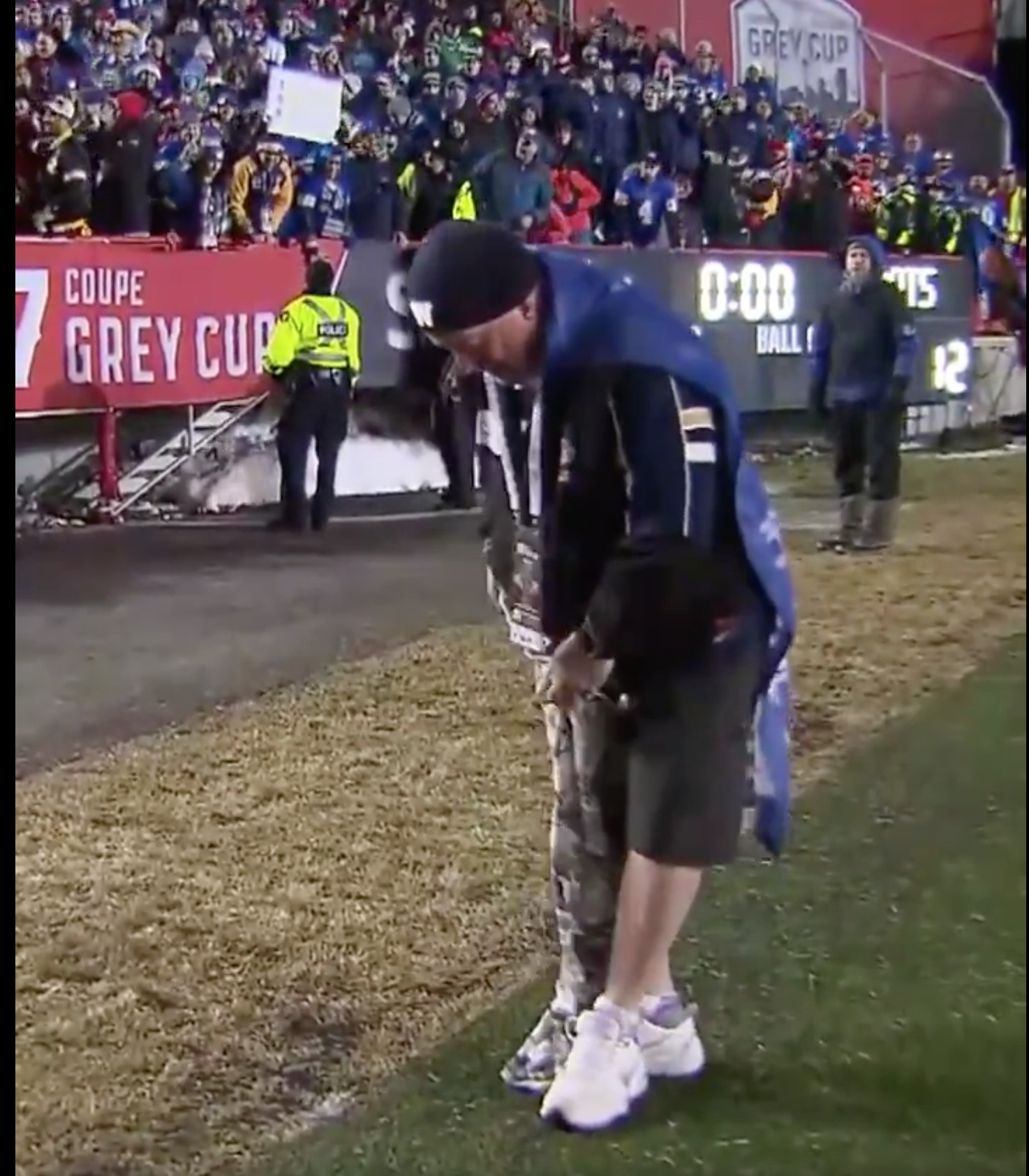 This Canadian Football Fan Gave Up Pants Until His Team Won The Grey Cup And When They Finally Did It Showed