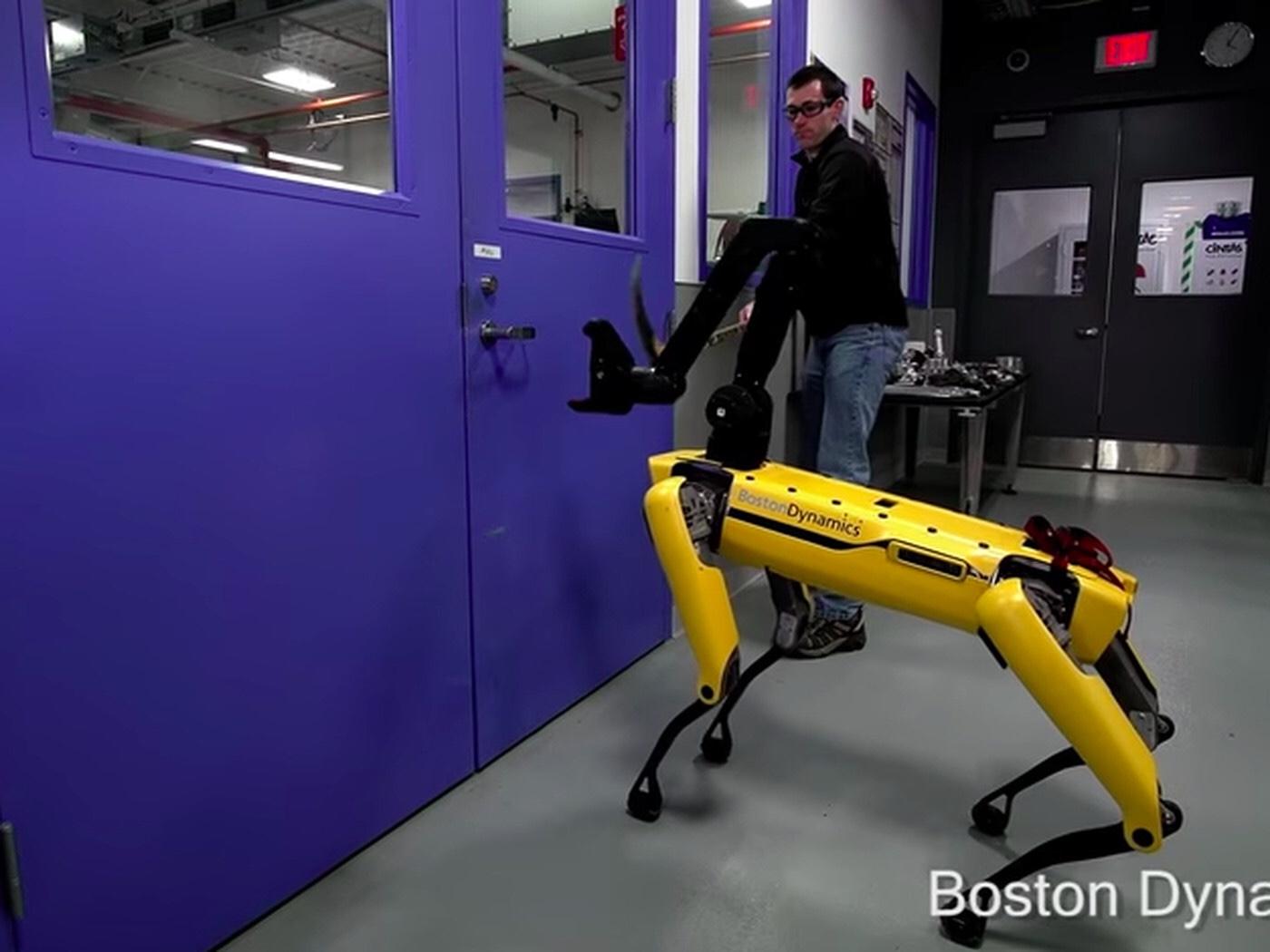 Robot Man Loose In West Philadelphia