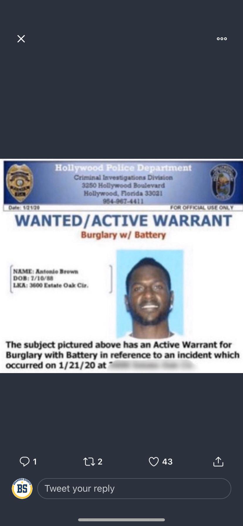 Antonio Brown Turns Himself Into Police