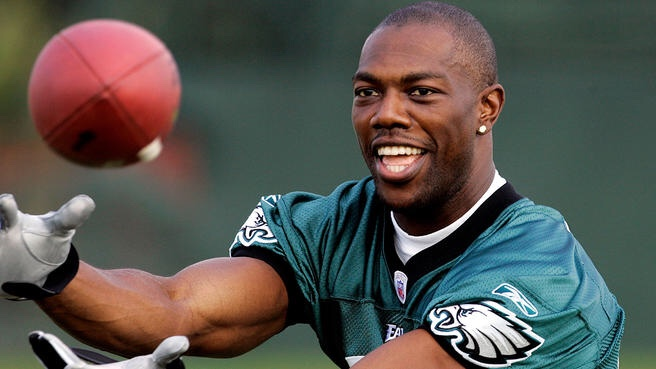 Terrell Owens Has Some Donovan McNabb Tea To Spill. Let's Guess What It Is.