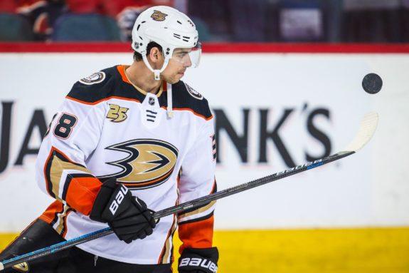 Flyers Add Center Depth at Deadline