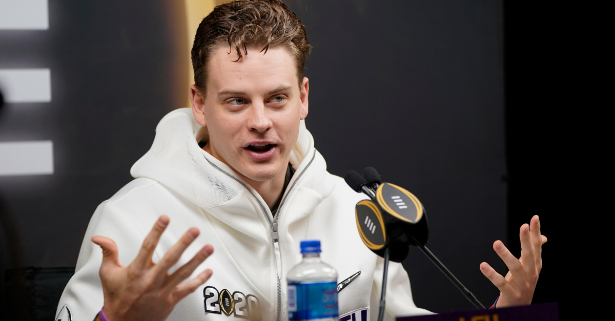 You Know What Joe Burrow's Hands Say About His…