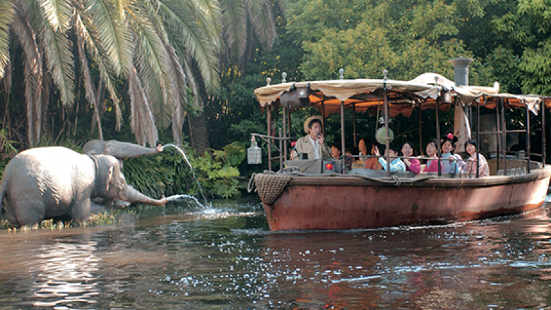 Jungle Cruise Boat Sinks at Walt Disney World