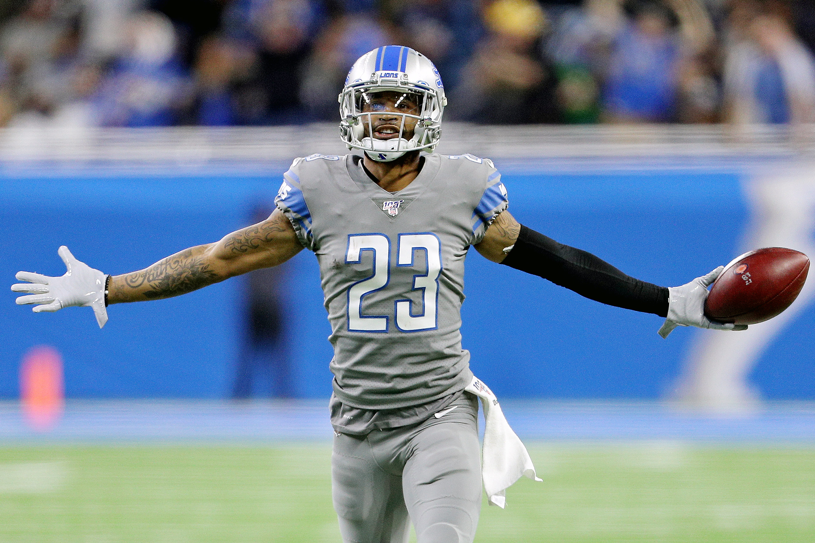 Sources: Eagles Are Working On A Trade For Darius Slay
