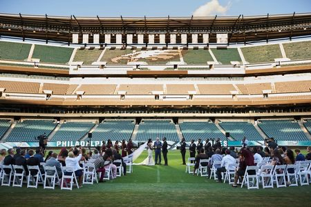 Eagles Are Offering Lincoln Financial Field For Free Weddings Ceremonies To Front Line Workers