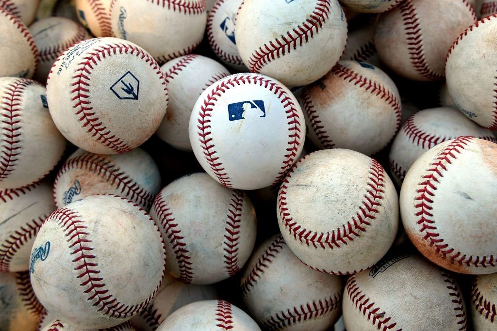 MLB Proposes DH For Both Leagues This Season