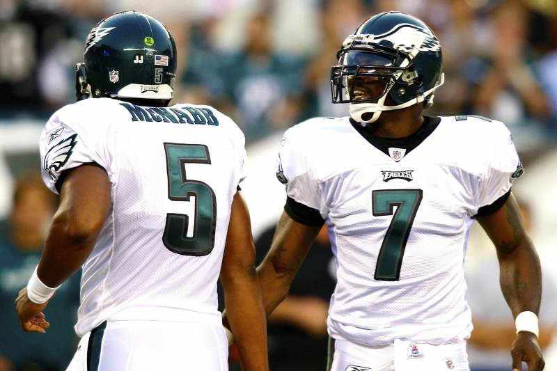 Donovan McNabb or Mike Vick: Which Eagles Quarterback Did You Enjoy Watching More?