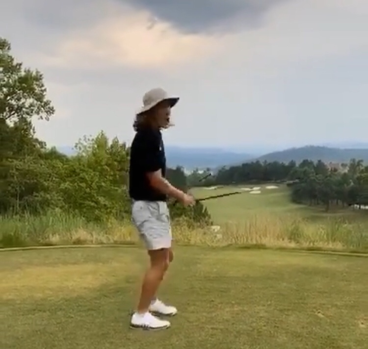 Trevor Lawrence Confirmed Bad Golfer
