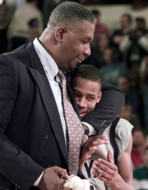 Legendary Georgetown Coach John Thompson Dies