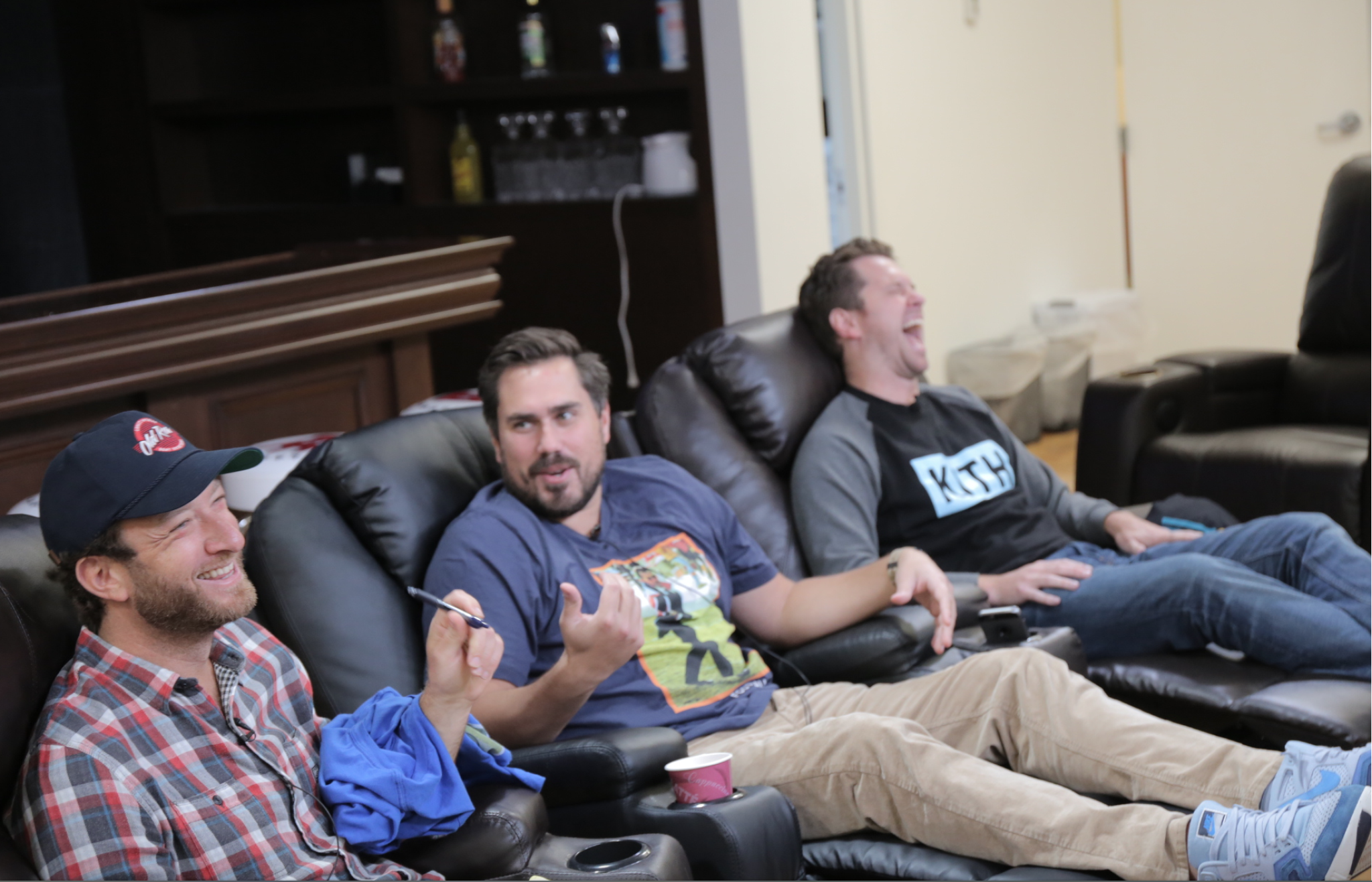 Video: It Is The Official Move-In Week For The Barstool Sports Gang/House Tour