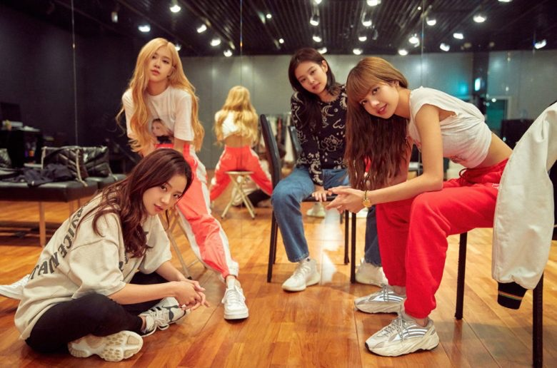 "BLACKPINK: Light Up The Sky ""Review"""