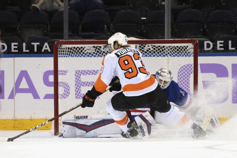 Flyers Aiming For 2nd Straight Against Rangers