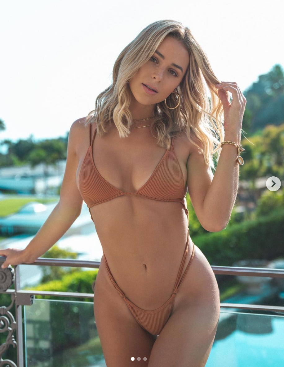 Alex Caruso Went Public With His IG Model Girlfriend Moments Before He Signed His $37 Million Contract With The Bulls