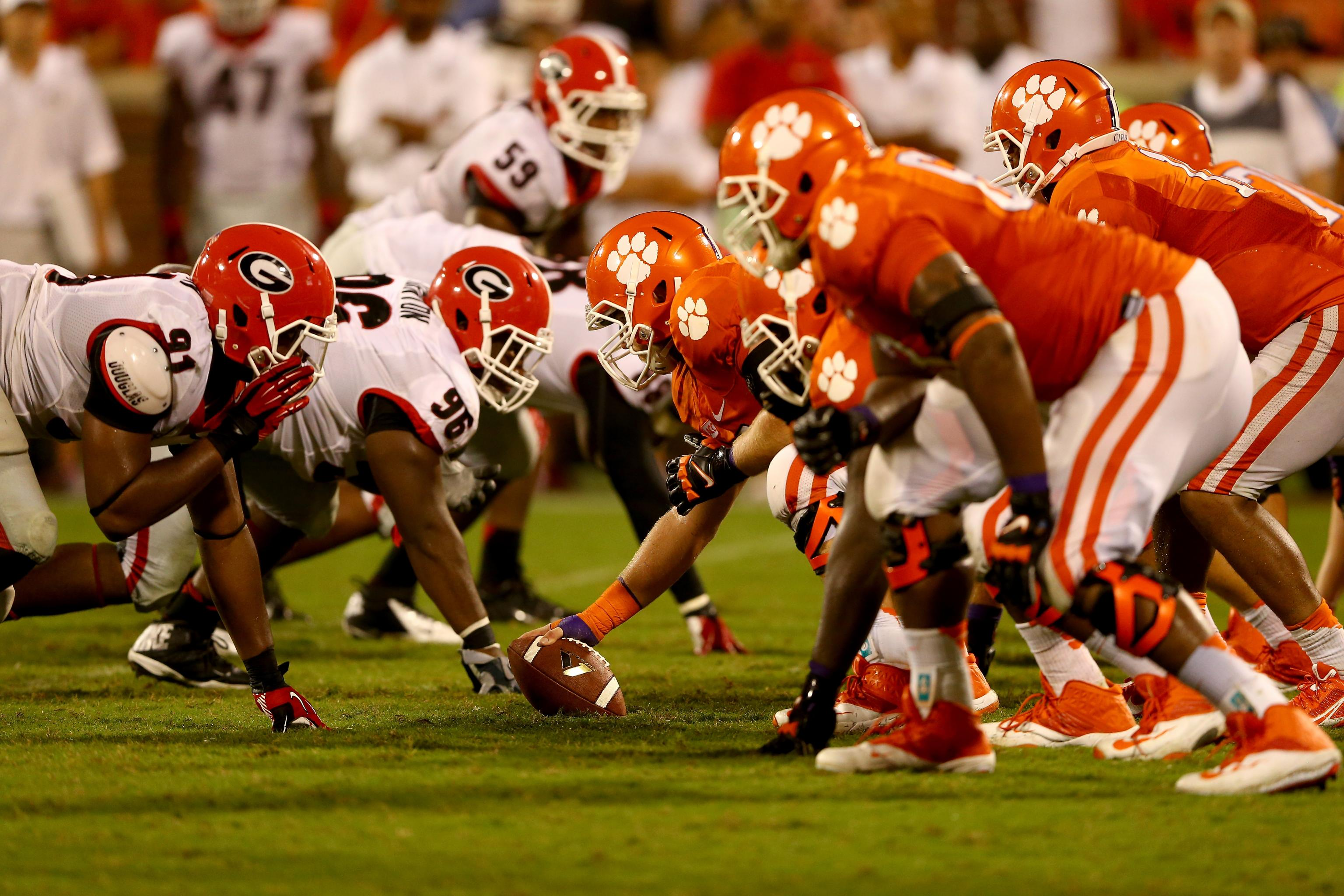 Labor Day Weekend 2021 Sports Streaming Guide – College Football Is BACK + CONMEBOL